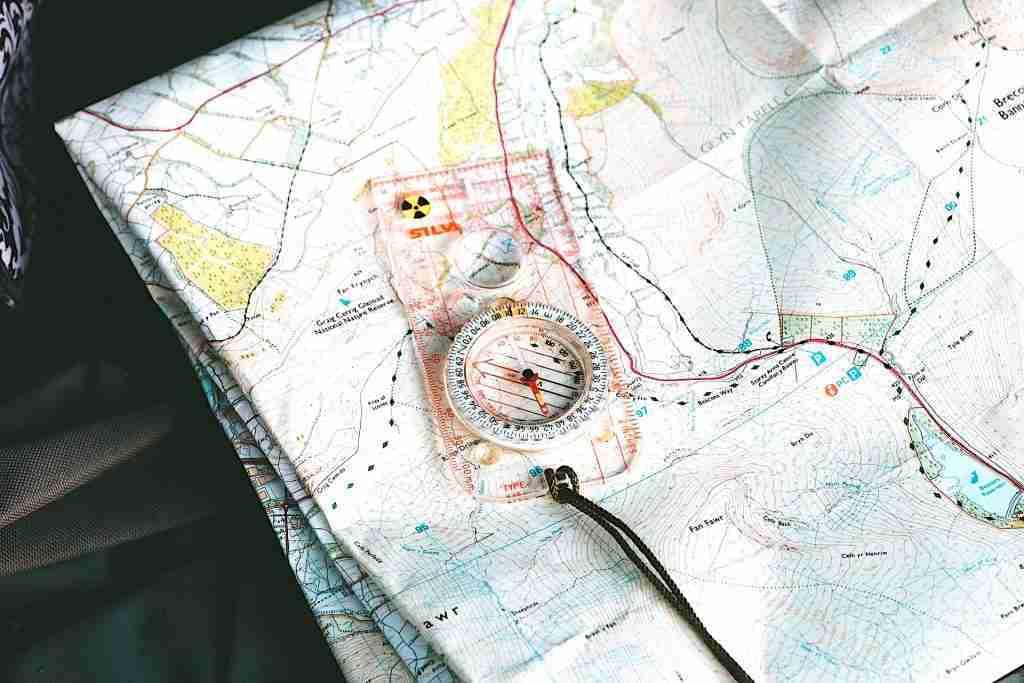Transparent Orienteering Compass - Orienteering - Living Healthy Wealthy Wise